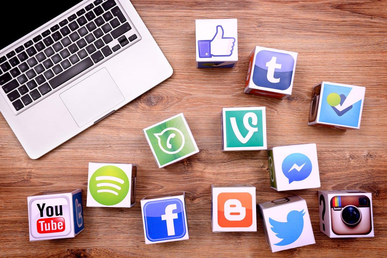 نقش رسانه های اجتماعی